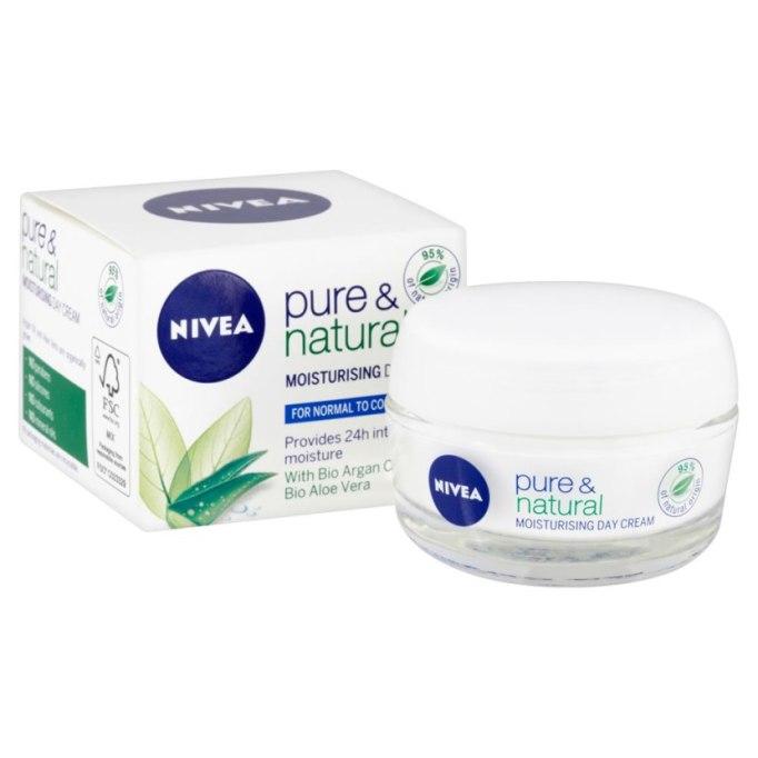 Nivea Visage Pure & Natural Moisturizing Day Cream