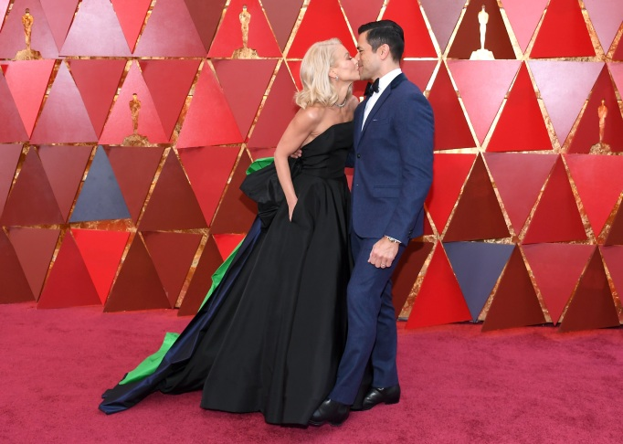 Kelly Ripa, Mark Consuelos at Oscars 2018