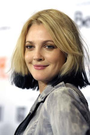 Drew Barrymore blue-tipped hair