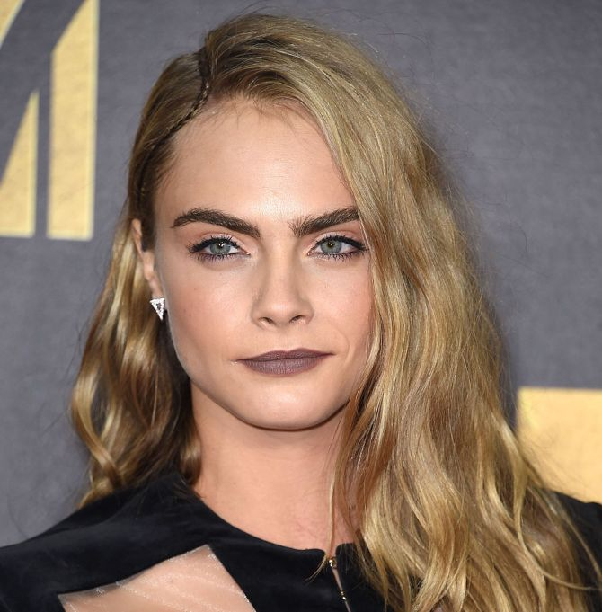 Cara Delevingne in dark makeup