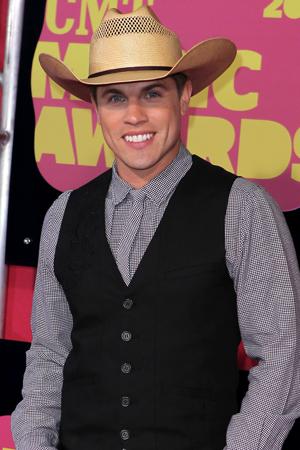 Dustin Lynch at the CMA Awards