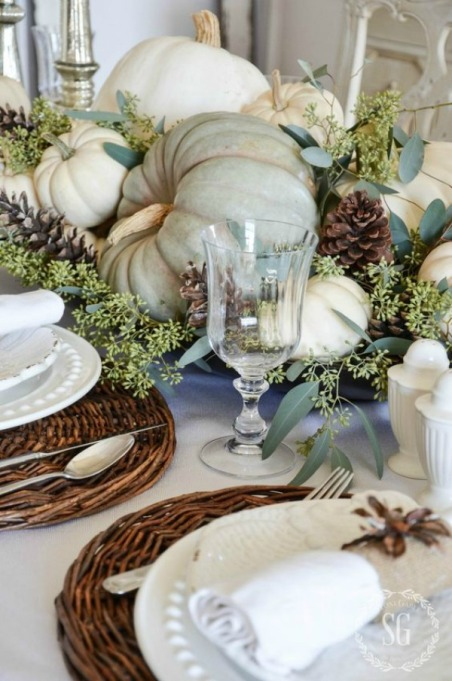 18 Homemade Thanksgiving Table Ideas That Even the DIY-Challenged Can Manage: Soft and neutral