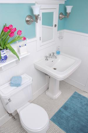 How To Decorate A Small Bathroom Sheknows