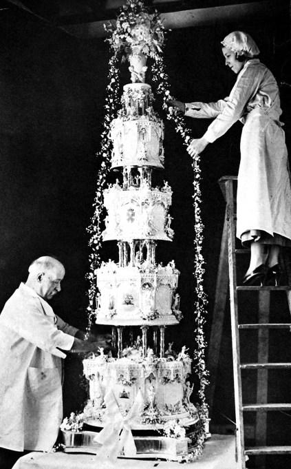 Princess Marina of Greece & George, Duke of Kent, wedding cake