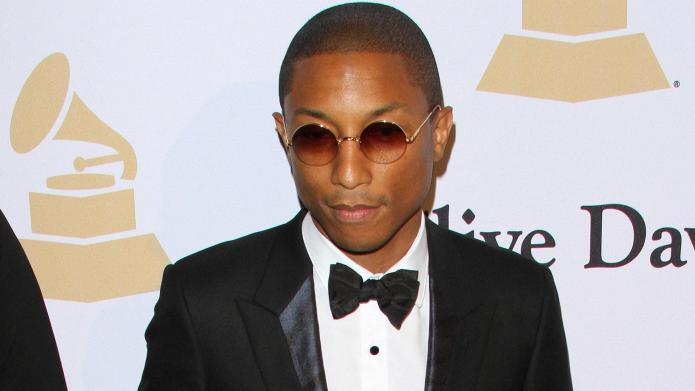 Watch Pharrell give Taylor Swift the