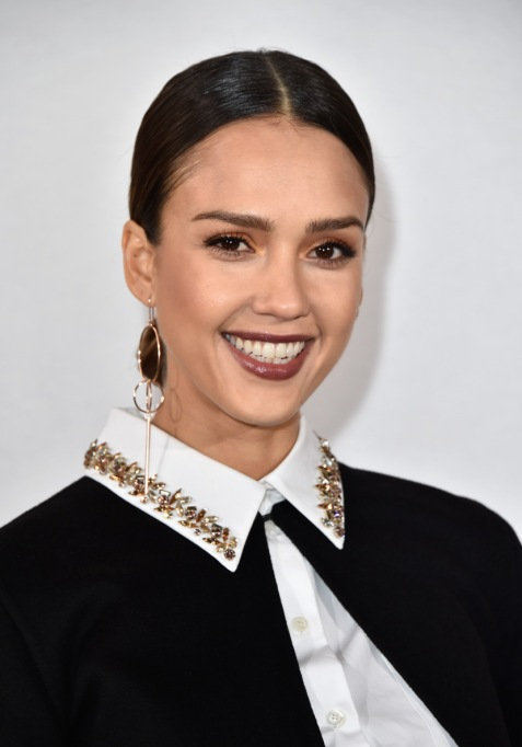 Easy D.I.Y. Face Mask Recipes | Jessica Alba — Coffee, Yogurt, And Coconut Oil