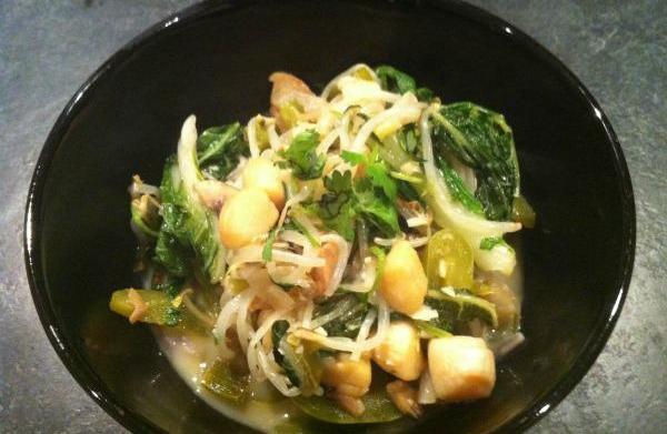 Thai scallops in coconut sauce