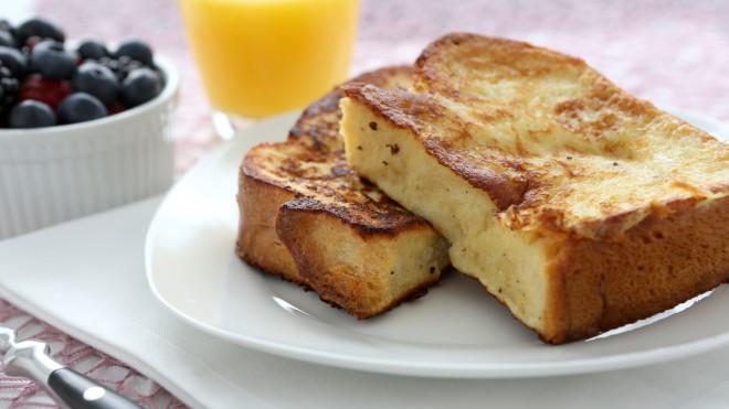 Easy Make-Ahead Breakfast Recipes: Overnight French toast