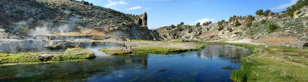 5 U.S. hot springs worth the