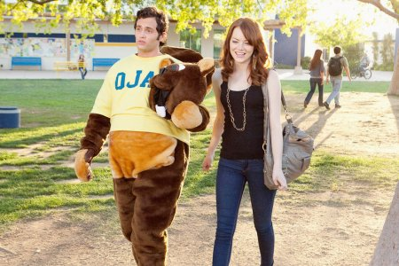 Penn Badgley and Emma Stone in Easy A