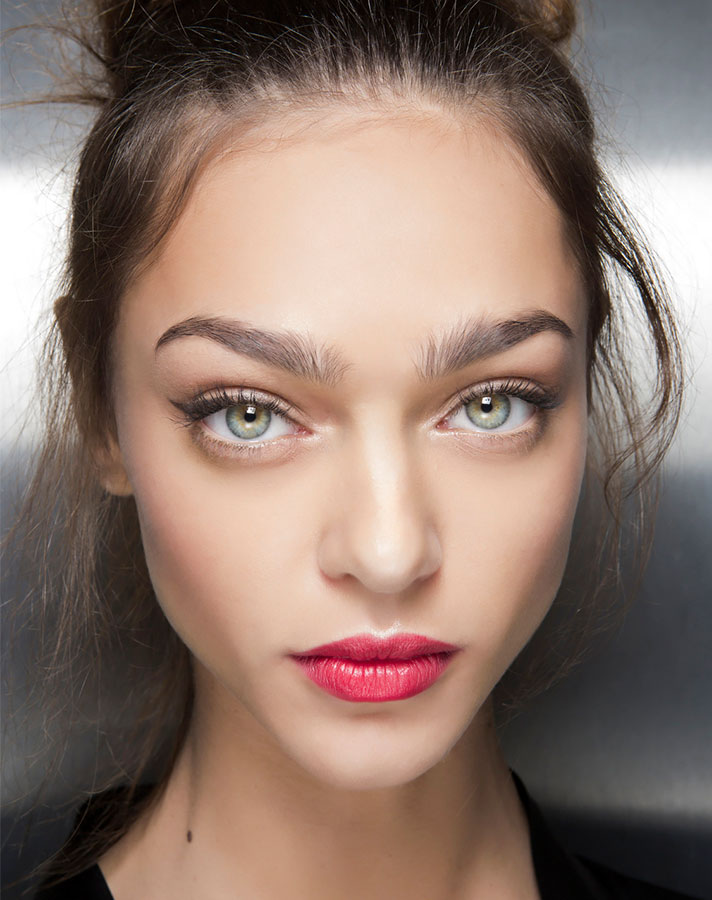 5 Easy Makeup Looks You Can Do in Under 10 Minutes