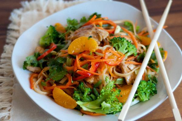 Easy orange chicken noodle stir-fry recipe