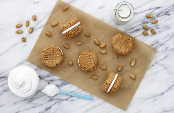 Peanut butter and marshmallow sandwich cookies
