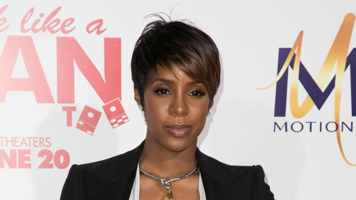 PHOTO: Kelly Rowland shows off adorable