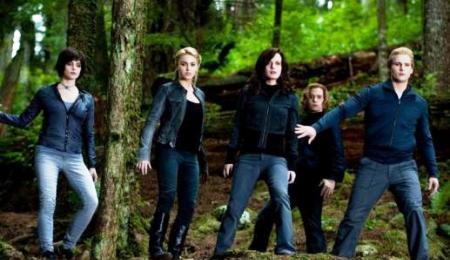 The Cullens are ready for war