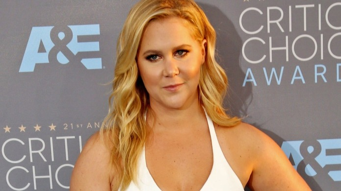 Amy Schumer applauded for Taylor Swift