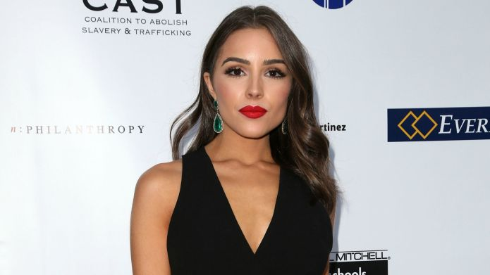 Olivia Culpo strips down for the