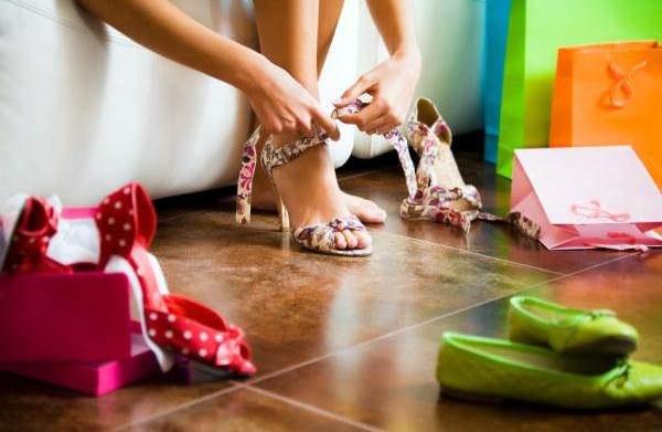 10 Shoe styles that every woman