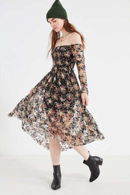 Must-Have Long Sleeve Dresses | UO Off-The-Shoulder Floral Lace Midi Dress