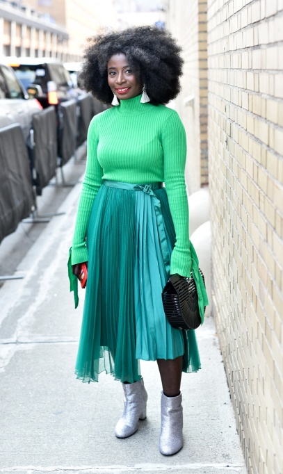 Holiday Outfit Color Combos | Green & Silver