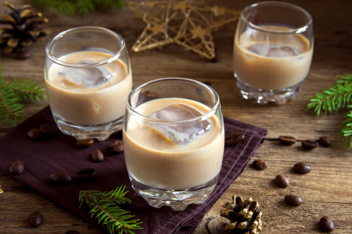 Irish cream coffee liqueur with ice,
