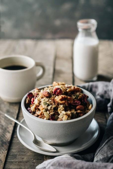 Easy Winter Breakfast Ideas | Chai Spiced Granola