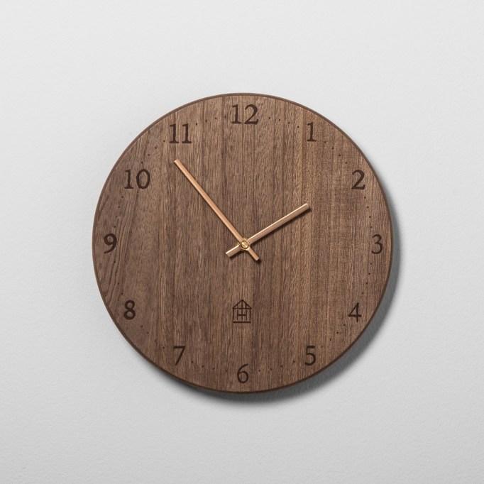 Round Wood Clock Magnolia