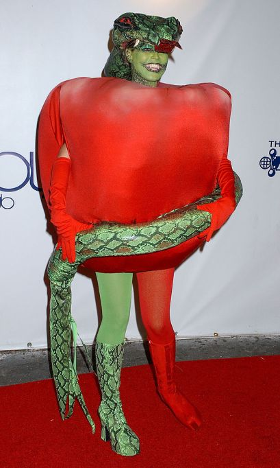 Heidi Klum's Halloween Costume: Forbidden fruit