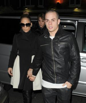 JLo and Casper Smart tweet their