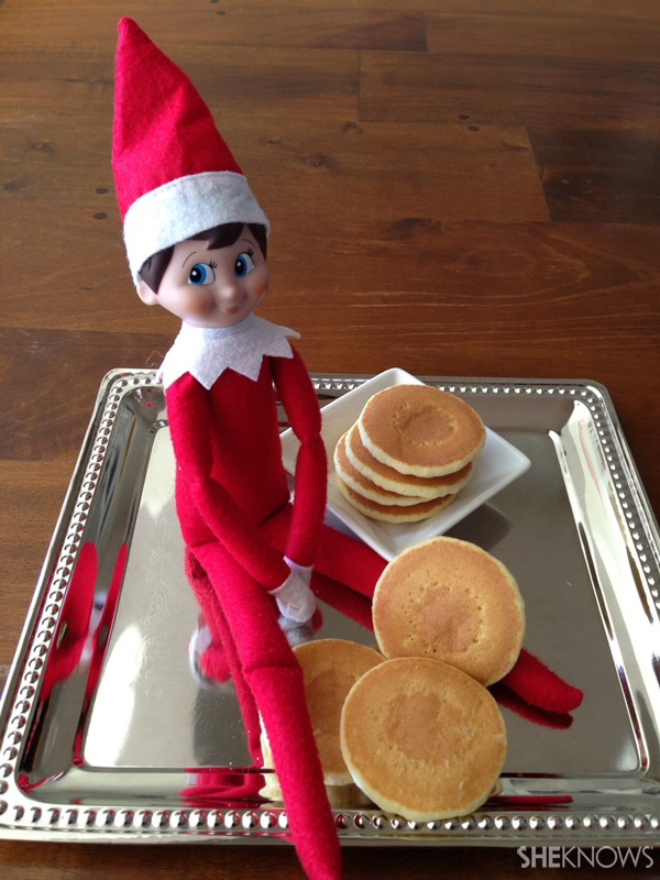 elf with pancakes
