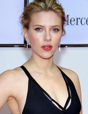 Scarlett Johansson is going Psycho