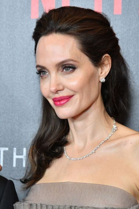 Celebrities Who Don't Label Their Sexuality: Angelina Jolie