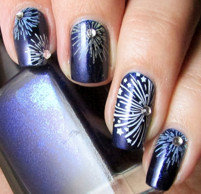 Fire work nail design