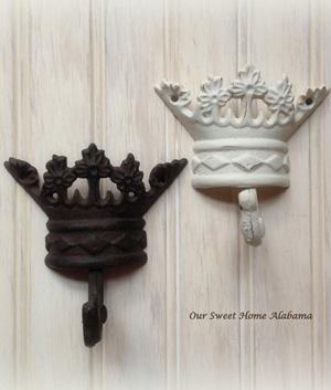 Crown hooks