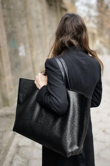 Ditch the gigantic shoulder bag!