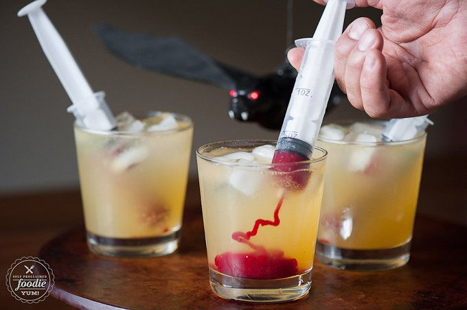 30 Halloween Cocktails & Mocktails That'll Take Your All Hallow's Eve to the Next Level: Vampire Cocktail