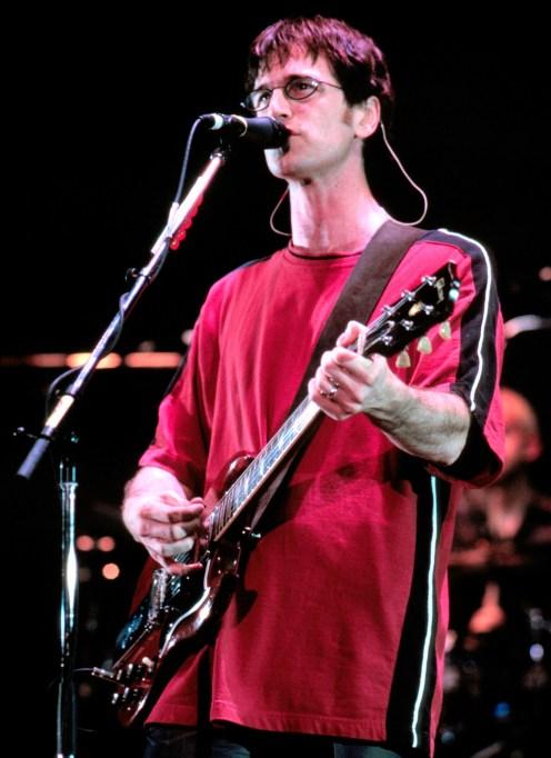 Semisonic performing 1999
