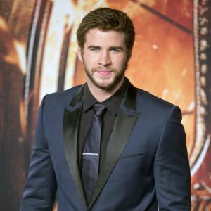 Bye bye Eiza! Liam Hemsworth says