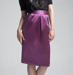Seen here: D&G Pencil skirt