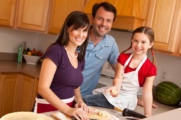 Famiy baking