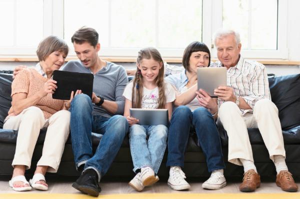 Family on iPads