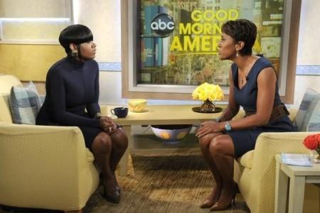 Fantasia visits Robin Roberts on GMA