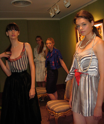 Fashion Week Modesl