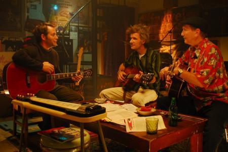 Matthew Broderick exclusive Wonderful World clip