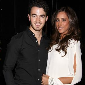 Kevin Jonas is a dad