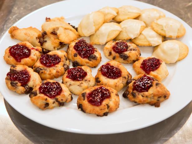 Holiday Baking Championship Recipes: Orange-Rosemary Cookies