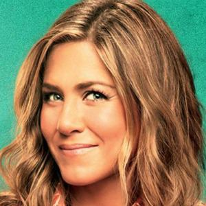 VIDEOS: Jennifer Aniston breaks the good-girl