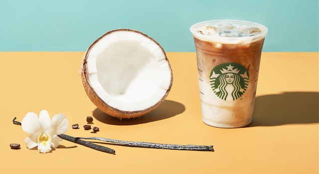Starbucks Iced Vanilla Bean Coconutmilk Latte