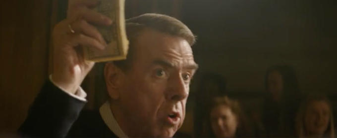 David Irving is played by British actor Timothy Spall