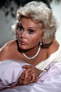Zsa Zsa Gabor fighting for her